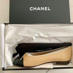 a3ec766161fcc Chanel Classic Ballerina Flats Beige Black 36.5